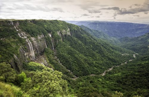 4 Days & 3 Nights ,Mawlynnong and Cherrapunjee Tour