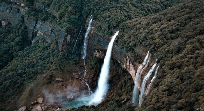 4 Nights 5 Days Trip to Meghalaya
